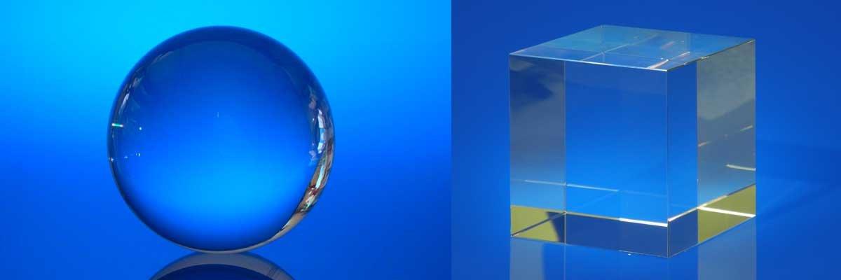 Glaswürfel und Glaskugeln...