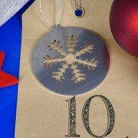 Tannenbaumschmuck aus Edelstahl | Schneeflocke - stilisiert